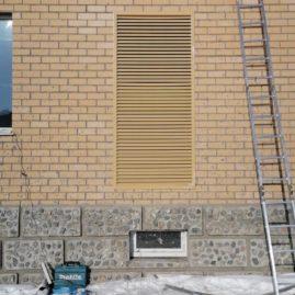 Монтаж Фасадной решетки, компания «Этажи»